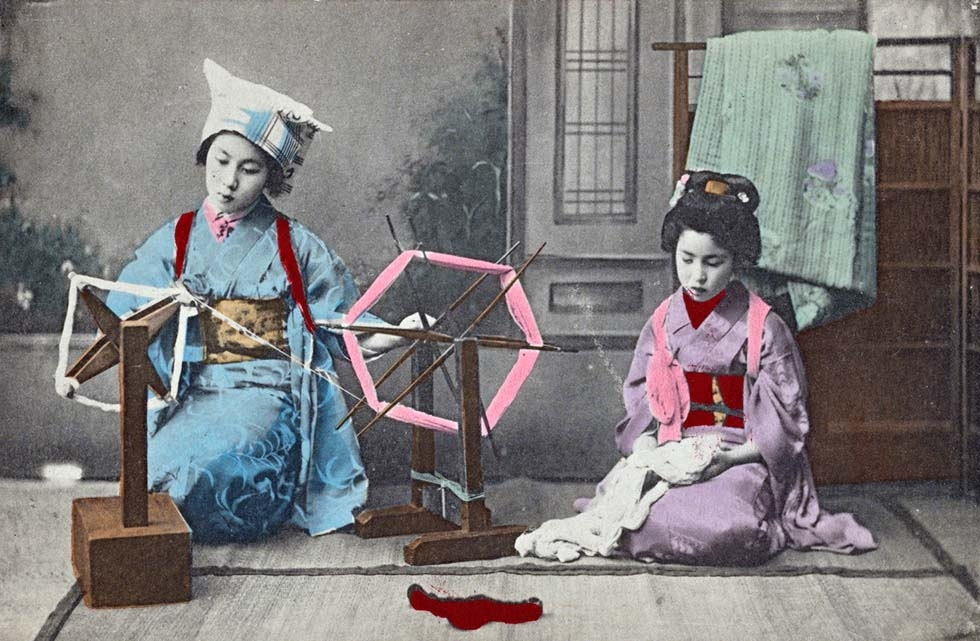 """Maiko at the spinning wheel."" 1907-1918. (New York Public Library)"