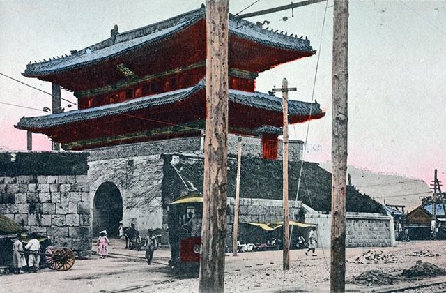 """Todaimon gate, Keijo."" 1910s. (Tokyo Design Printing Co./New York Public Library)"