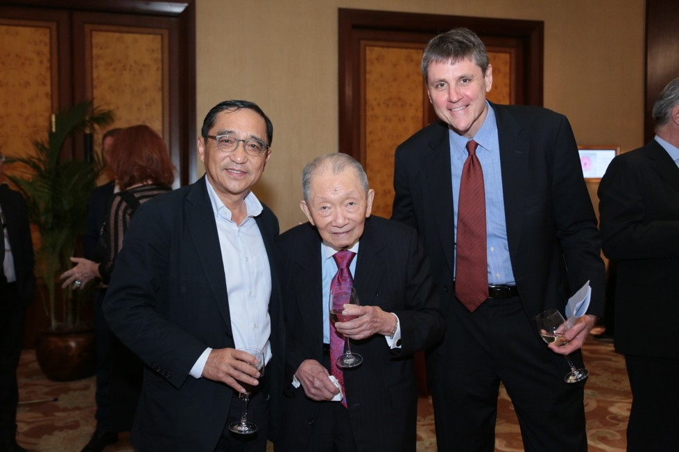 From left to right: Silas Chou, Washington SyCip, and Tom Nagorski, Executive Vice President, Asia Society.