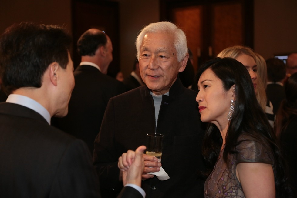 From left to right: Dominic Ng, Chairman and CEO of East West Bank; Oscar L. Tang, Asia Society Trustee; and Hsin-Mei Agnes Hsu-Tang, PhD.