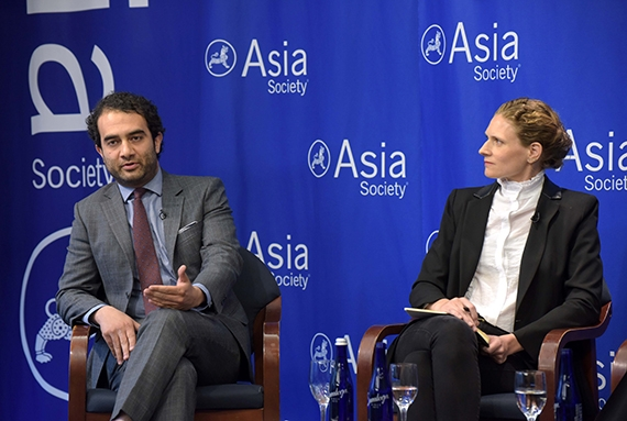 Dr. Shadi Hamid and Dr. Mengia Hong Tschalaer in conversation at Asia Society New York on April 21, 2017. (Elsa Ruiz/Asia Society)