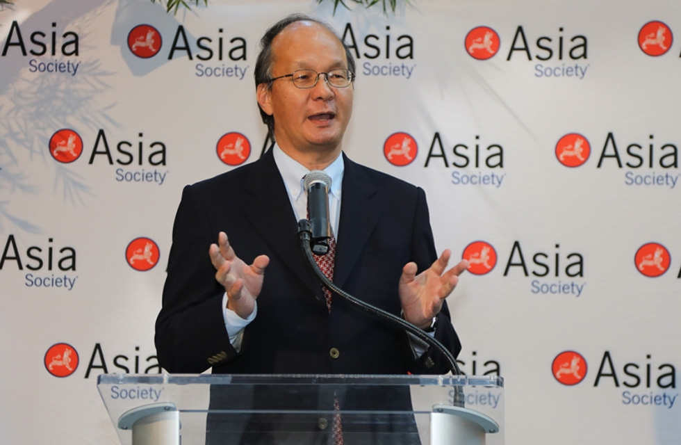Ambassador Reiichiro Takahashi, consul general of Japan in New York, gives opening remarks at Asia Society New York on June 27, 2017. (Ellen Wallop/Asia Society)
