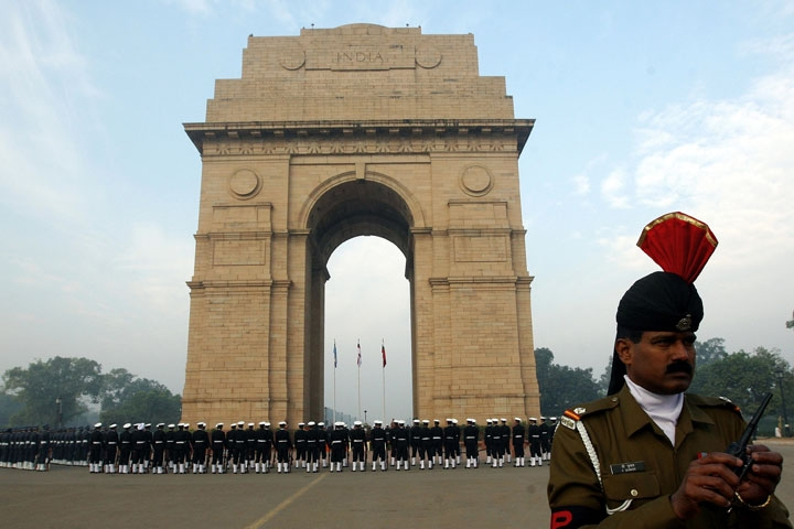 Indian army personnel stand guard at India Gate on Vijay Diwas in New Delhi on Dec. 16, 2008. (Prakash Singh/AFP/Getty Images)