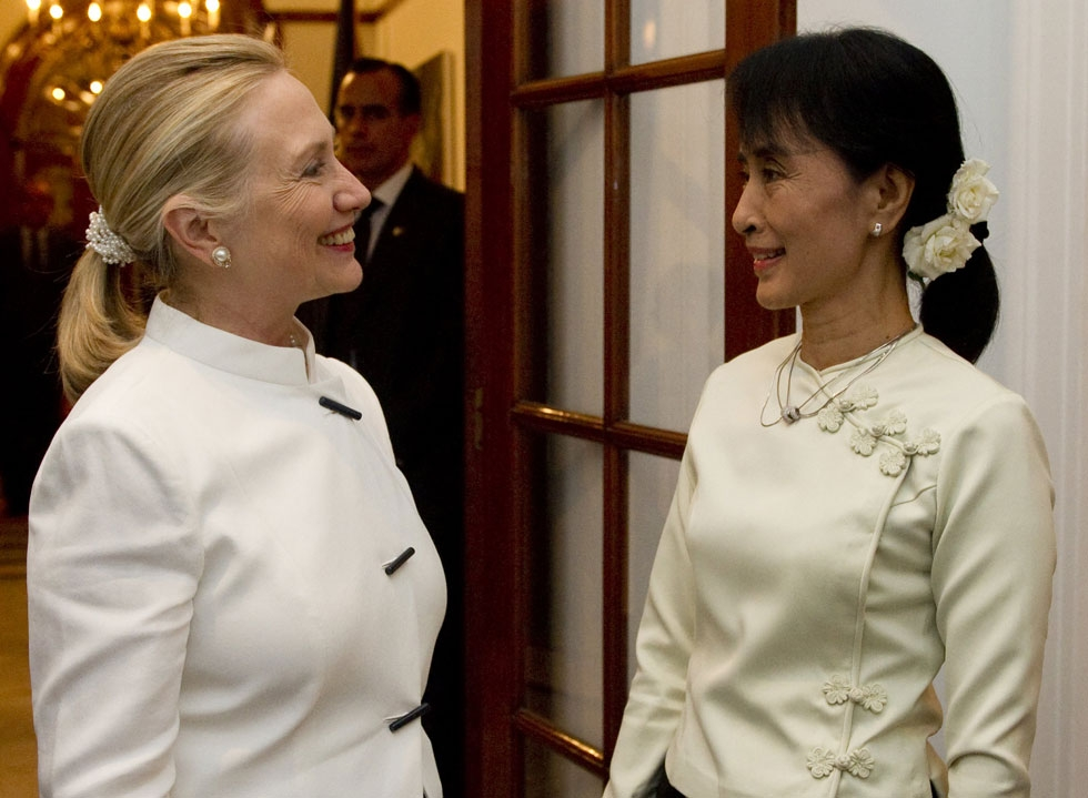 U.S. Secretary of State Hillary Clinton (L) and opposition leader Aung San Suu Kyi meet in Yangon, Myanmar, December 1, 2011. (Saul Loeb /AFP/Getty Images)