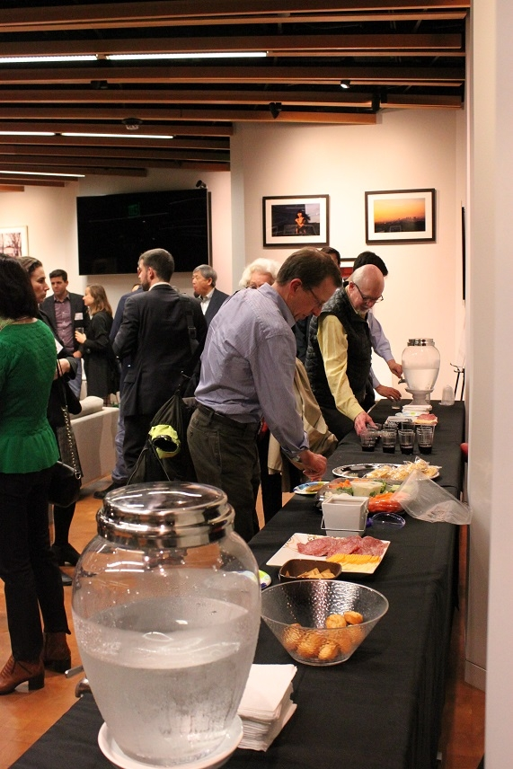 Afterwards, attendees helped themselves to complimentary hors d'oeuvres. (Asia Society)