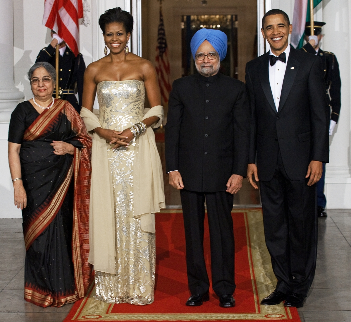 Wearing Naeem Khan to a state dinner welcoming Indian President Manmohan Singh and his wife Gursharan Kaur on November 23, 2009. (Nicholas Kamm/AFP/Getty Images)