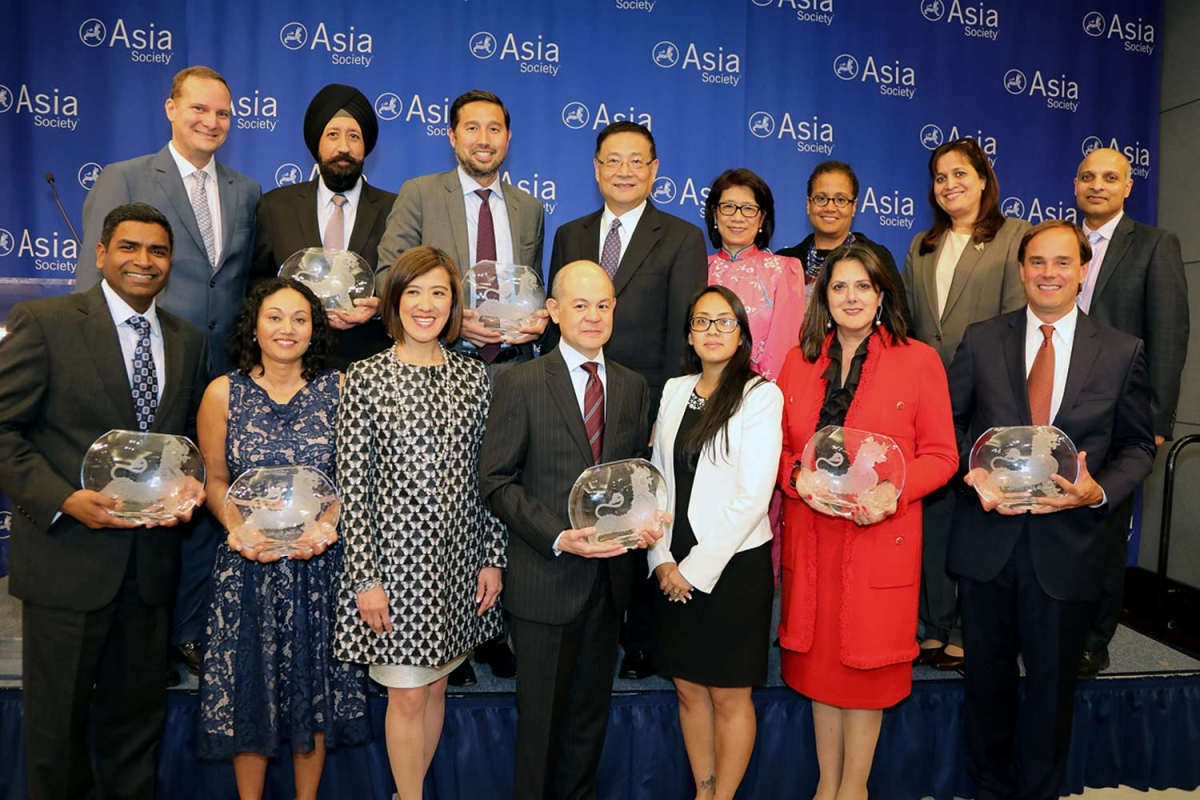 Representatives of companies receiving best employer awards at Asia Society's 9th annual Diversity Leadership Forum. (Ellen Wallop/Asia Society)
