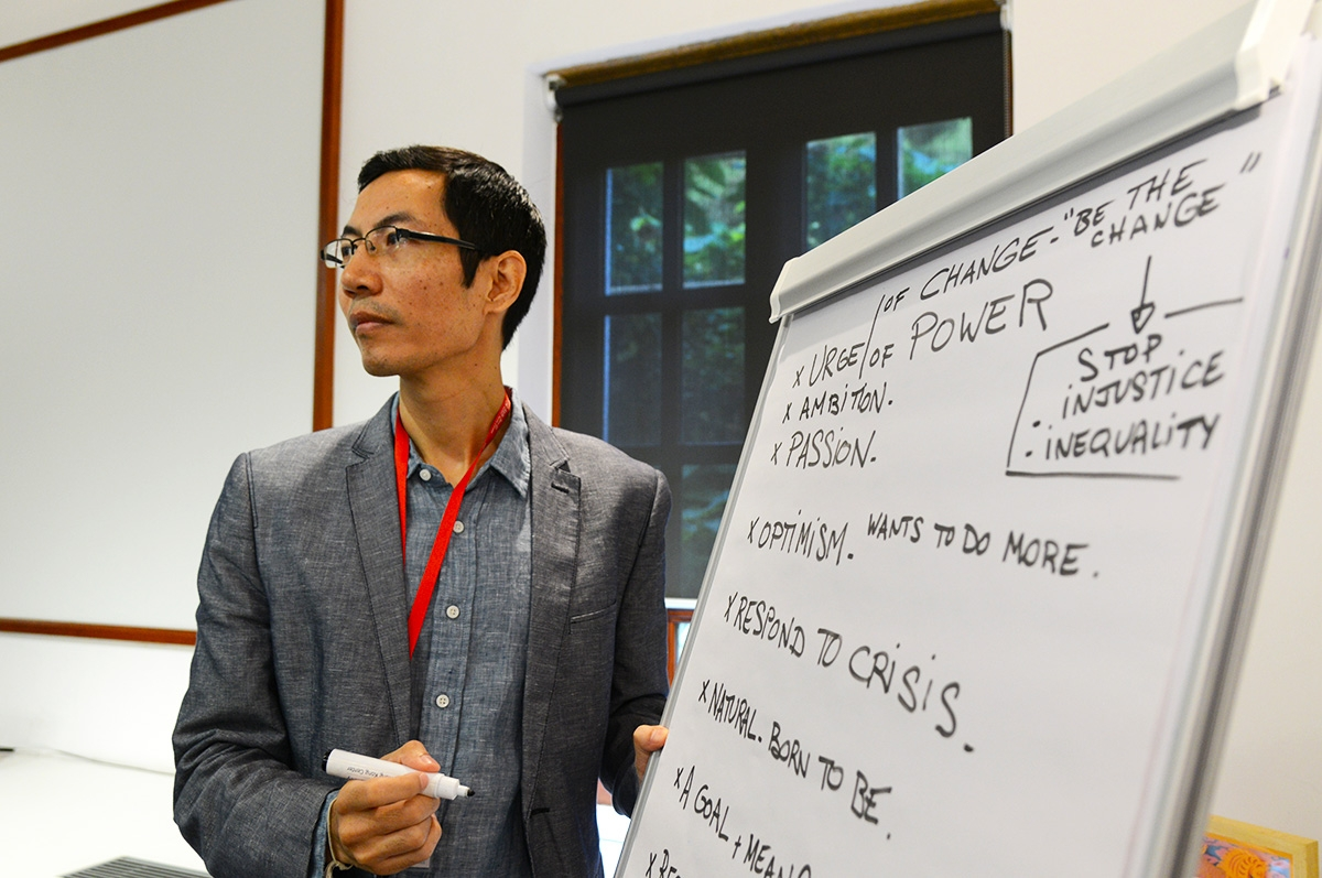 Natharoun Ngo, of Cambodia, leads a session at the 2015 Asia 21 Young Leaders Summit in Hong Kong.