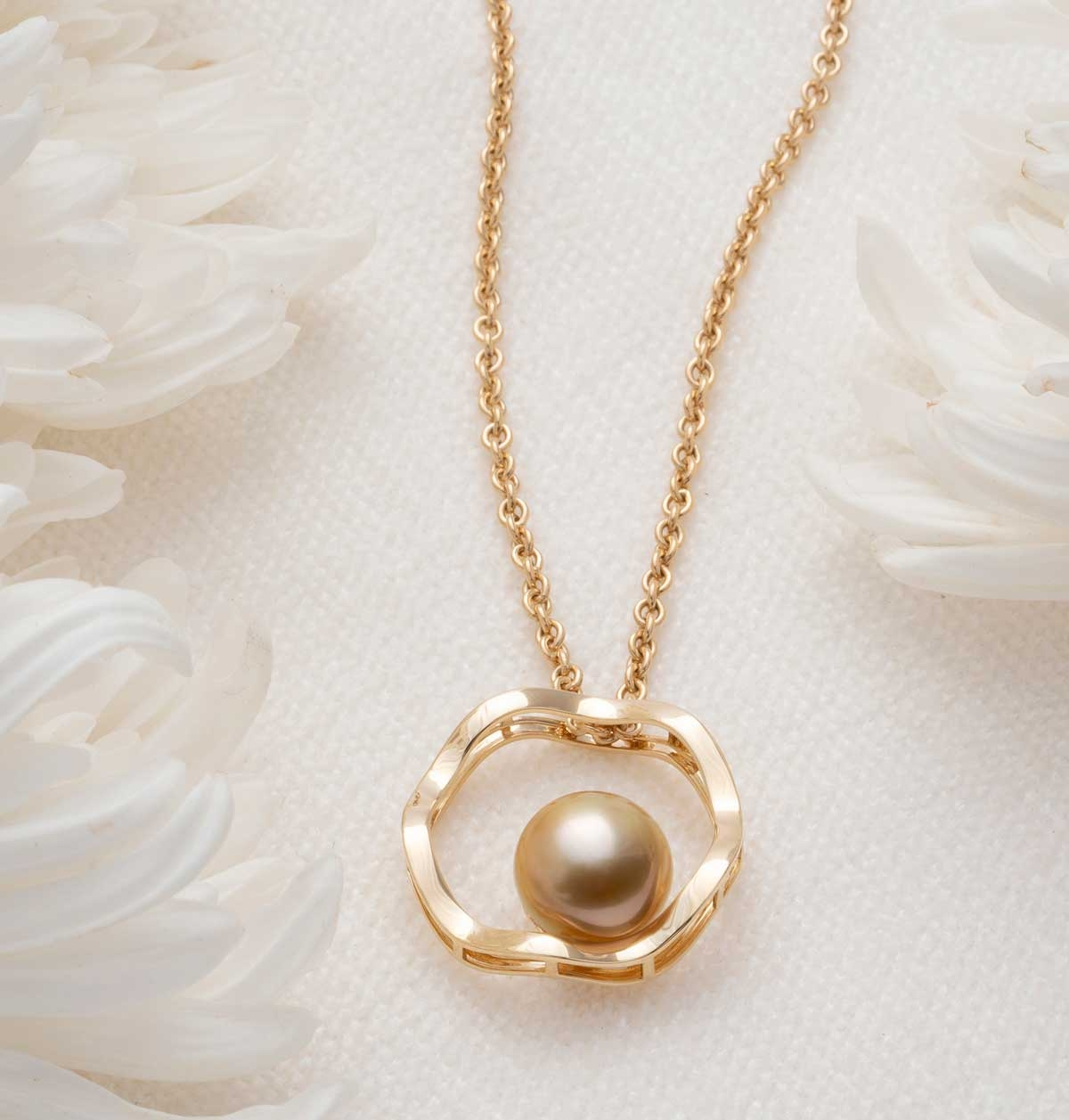 Jewelmer Golden South Sea Pearls