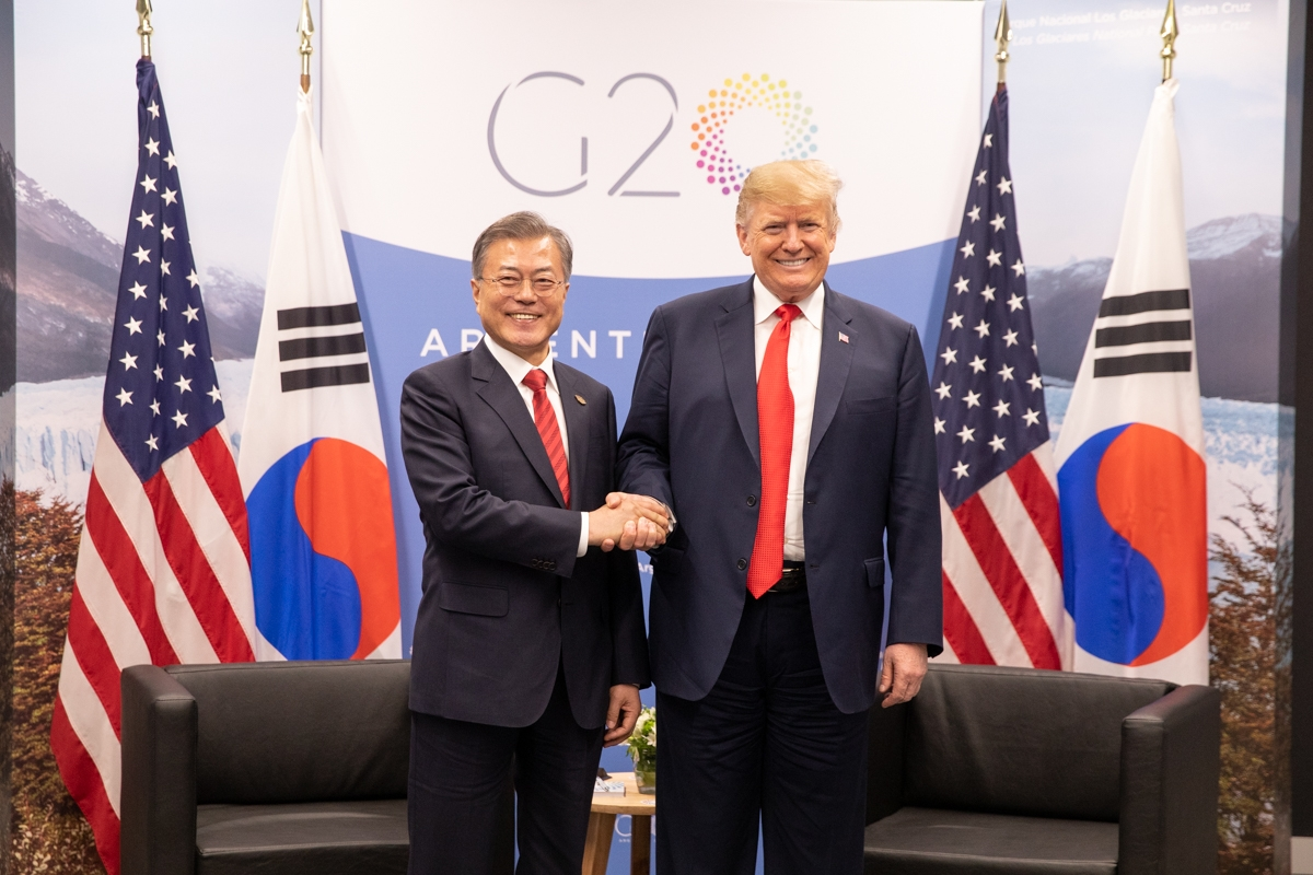 Donald Trump and Moon Jae-in at the 2018 G20 Summit