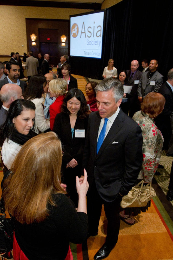 Huntsman greets guests after the inaugural Huffington Award Luncheon. (Richard Carson)