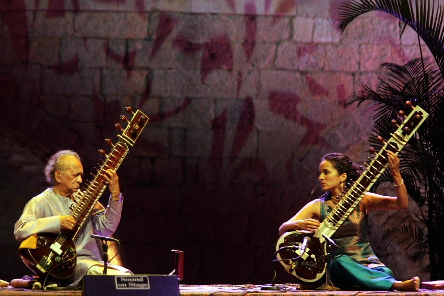 In the 2000s Shankar began performing regularly with his daughter Anoushka (R), whom he taught to play the sitar. Here they perform at the opening of the annual Beiteddine International Festival in Beiteddine, Lebanon in July 2005. (Joseph Barrak/AFP/Getty Images)