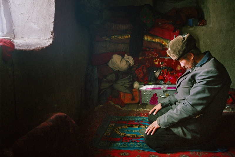 Afghan Kyrgyz are Sunni Muslim. With no mosques in this extremely remote part of the world, daily prayers take place at home. (Matthieu Paley)