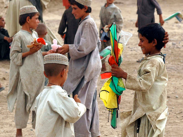 Kids playing with kites in Kabul, Afghanistan. (U.S. Army photo by Capt. Vanessa R. Bowman/Released)