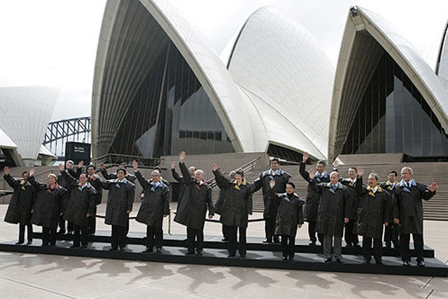 APEC leaders in front of the Sydney Opera House.