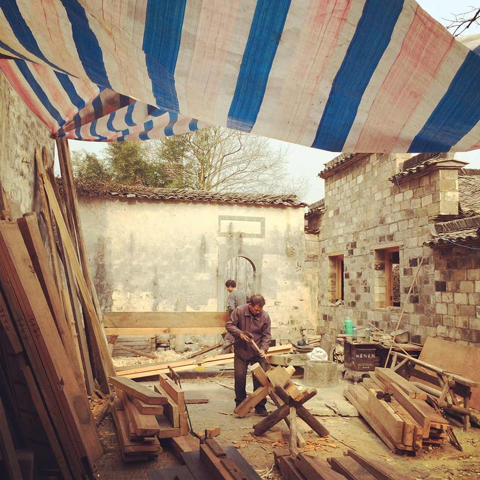 Construction site in the courtyard of an old house purchased by Zuo Jing, co-founder of the Bishan Project. (Sun Yunfan)