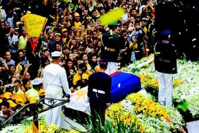 Goodbye, Cory: Filipinos Mourn Former President Aquino