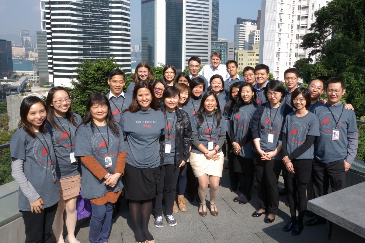 The staff of Asia Society Hong Kong Center took a group photo with Tom Nagorski, Asia Society's Executive Vice President (at the back) (Asia Society Hong Kong Center)
