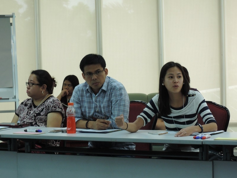 Asia 21 Philippine Young Leaders discuss key national and regional issues during the forum.