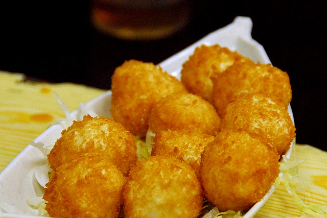 Deep Fried Cuttlefish Balls (Photo by sunday driver/flickr)