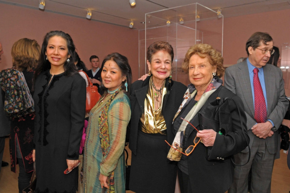Members of the Asia Society family enjoy a first look at the new exhibition. (Elsa Ruiz)