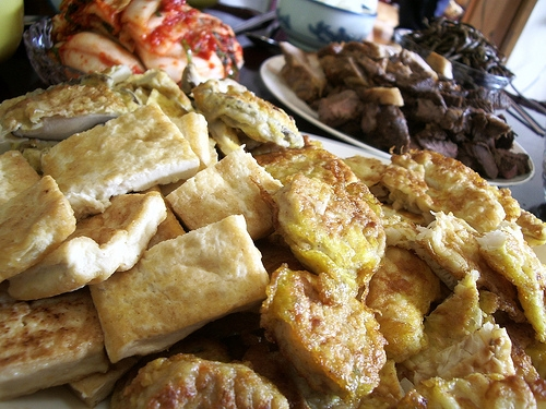 On Chuseok, Koreans prepare a feast to eat together with family. Joe McPherson/ZenKimchi