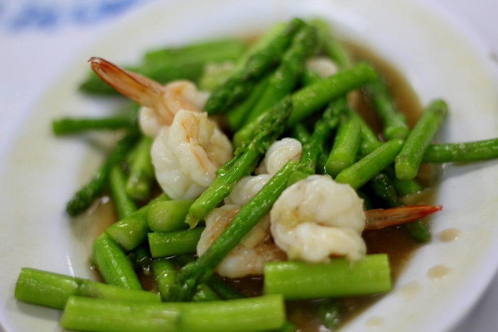 Thai Asparagus and Shrimp (Photo by Shiv/flickr)