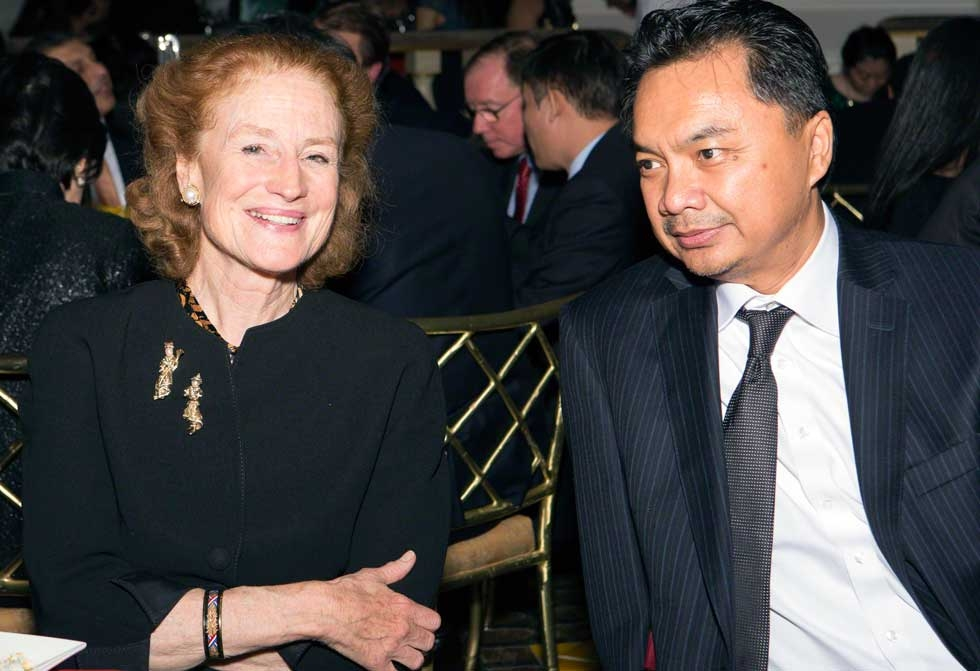 Asia Society Co-Chair Henrietta Fore and Dr. Dino Patti Djalal, Ambassador of the Republic of Indonesia to the United States. (Bennet Cobliner)
