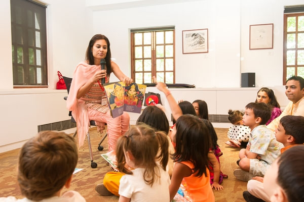 Indian folk tales story-telling session at Lee Quo-Wei Room