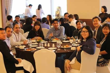 Asia 21 Young Leaders at the Luncheon Keynote Conversation with Dr. Sanduk Ruit, Himalayan Cataract Project
