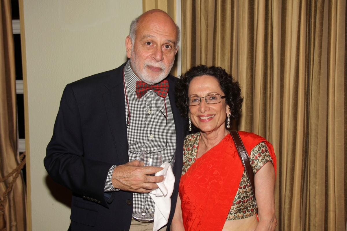 Bachi Karkaria (R) and friend. (Asia Society India Centre)