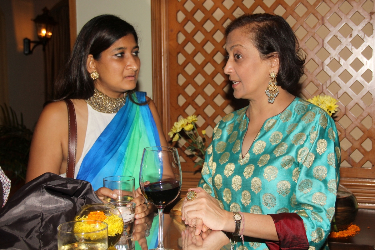 Namita Devidayal (L) and Bunty Chand, Executive Director, Asia Society India Centre (R). (Asia Society India Centre)