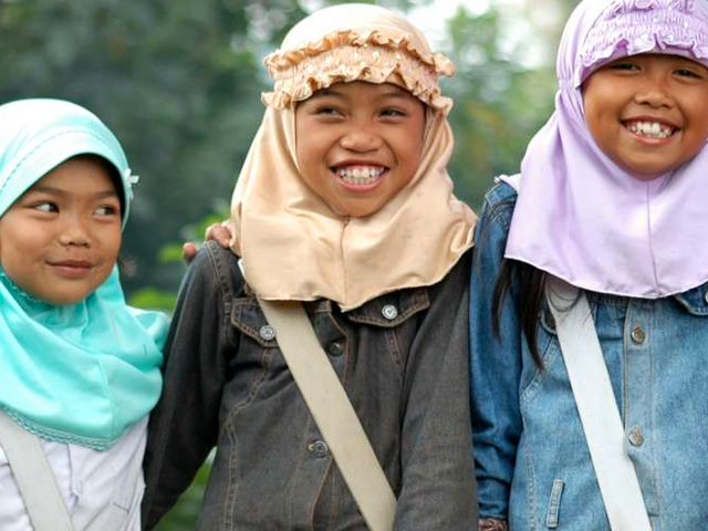 Indonesian students (sektordua/flickr)