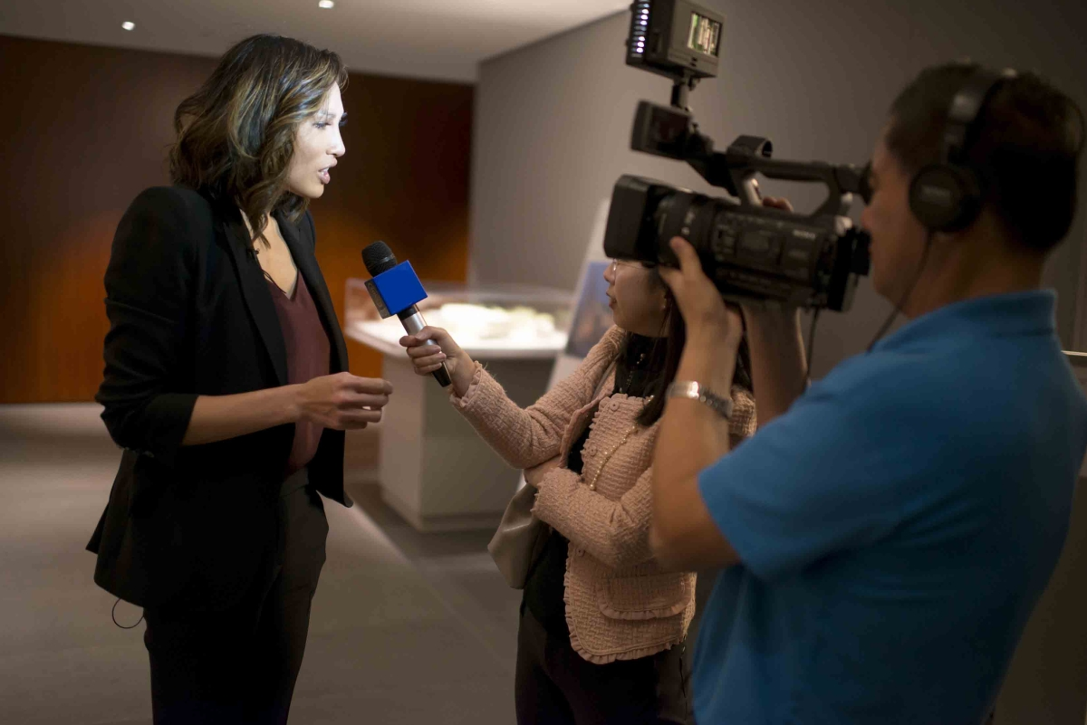 Mina Chang's brief Q&A session with the press before the program (Jeff Fantich)