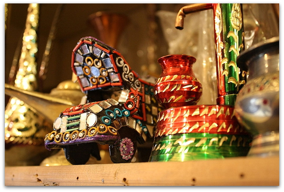 Gift shop at The Lahore Fort, Lahore. (Sonya Rehman)