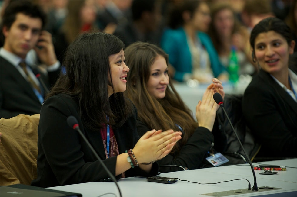 Students in a Model United Nations exercise (ITU Pictures/Flickr)