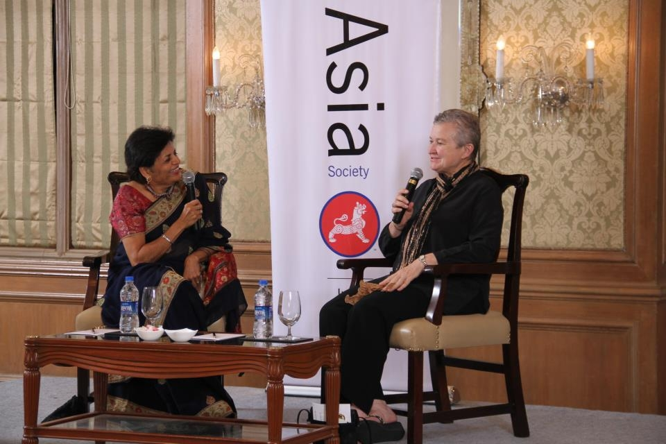 Asia Society President Emerita Vishakha N. Desai and Ambassador Nancy Powell discuss Indo-U.S. bilateral relations in Mumbai on Sept. 10, 2012. (Asia Society India Centre)