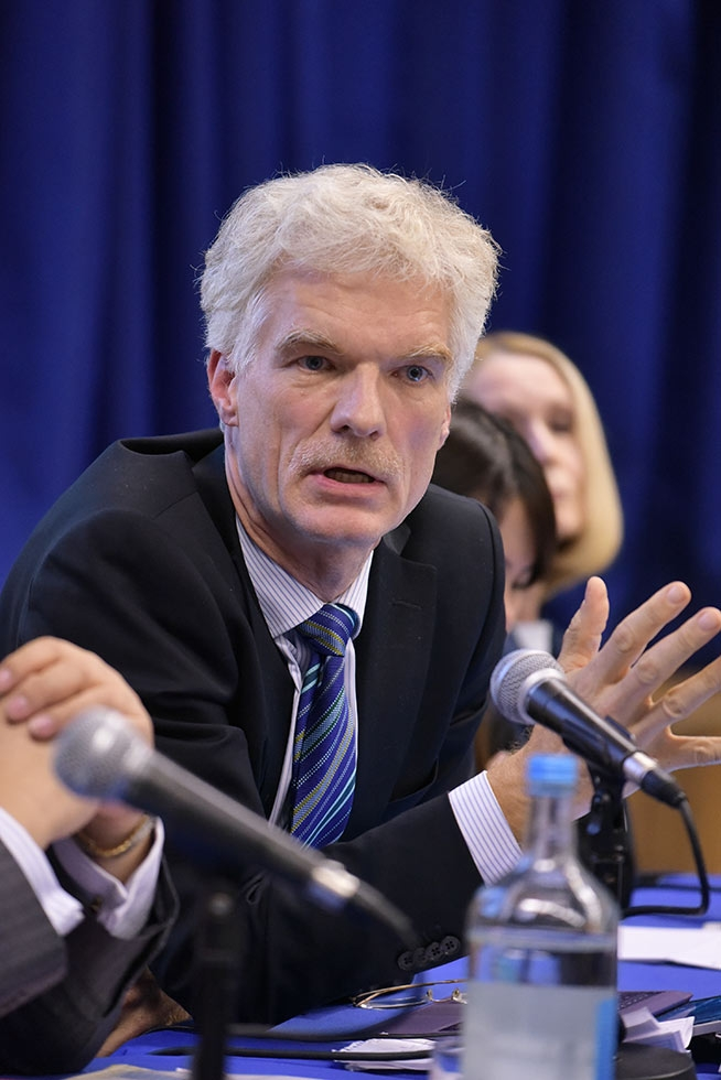 "Andreas Schleicher, OECD, at the public forum, ""21st Century Skills in a Global Context,"" on November 1, 2016. (Philip Meech/Asia Society)"