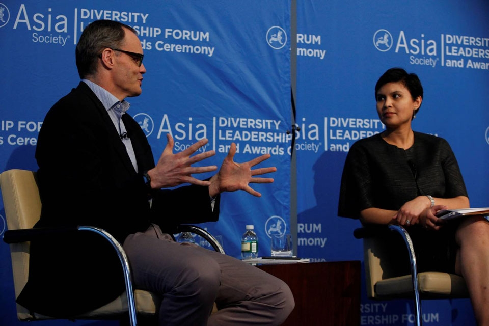 Starwood President & CEO Frits van Paasschen in discussion with Stephanie N. Mehta of Fortune Magazine