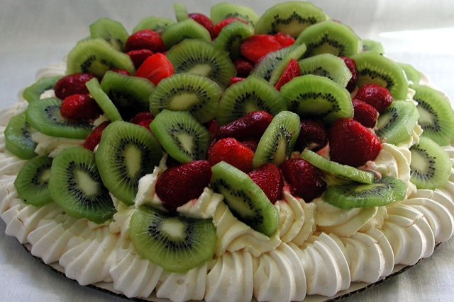 Pavlova (Photo by distopiandreamgirl/flickr)