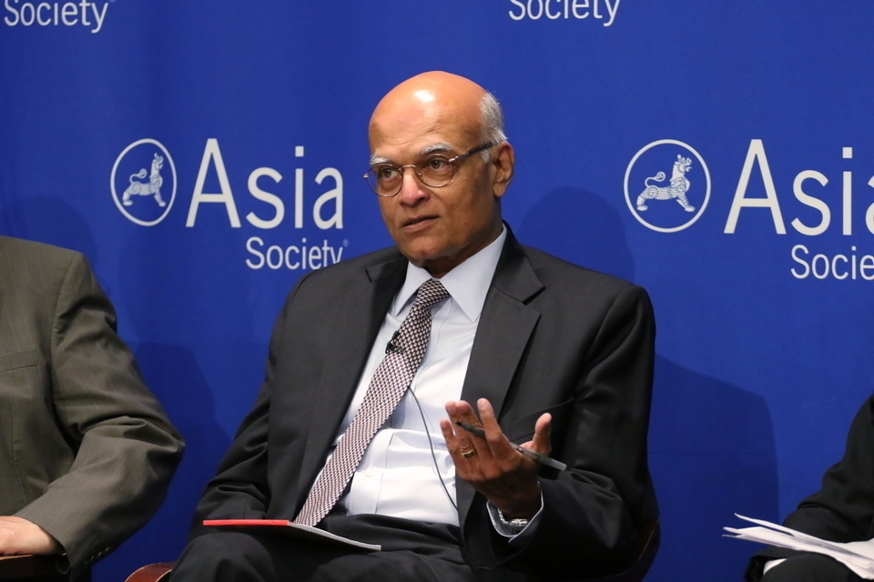 Shivshankar Menon speaking on a panel discussion at Asia Society New York on June 10, 2015. (Ellen Wallop / Asia Society)