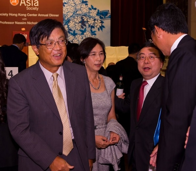 L to R: Shigekazu Sato, Consul-General of Japan in Hong Kong, Mrs. and Mr. Ronnie Chan, and guest. (Asia Society Hong Kong Center)