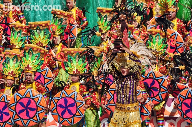 It's More Fun in The Philippines: The Sinulog Festival Fever