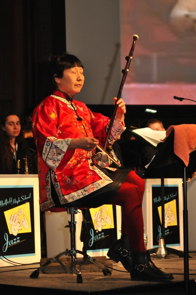 Guest artist Yang Ying performing with the Medfield Jazz Band.
