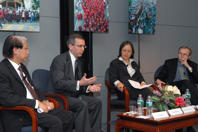 Left to right: Thaung Htun, Scot Marciel, Maureen Aung-Thwin, and Sean Turnell. (Elsa Ruiz/Asia Society)