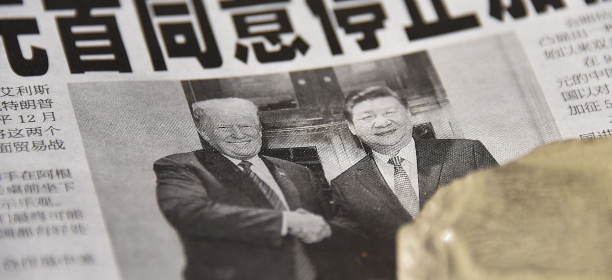 Donald Trump and Xi Jinping on the cover of a Chinese newspaper