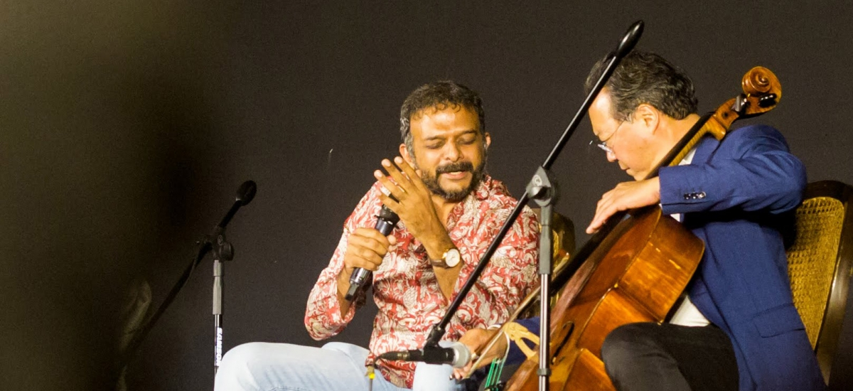 Yo-Yo Ma and T. M. Krishna Come Together for a Spontaneous Performance in Mumbai