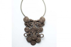 Necklace taupe AsiaStore