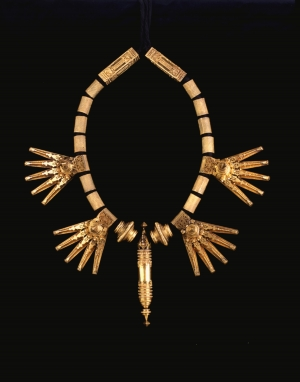 Tali necklace from When Gold Blossoms: Indian Jewelry from the Susan L. Beningson Collection