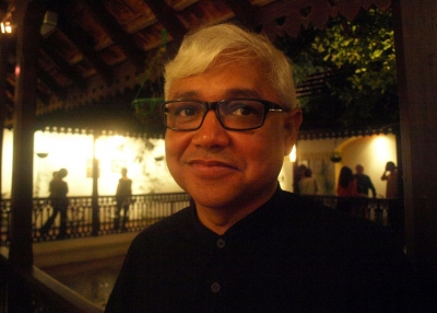 'River of Smoke' author Amitav Ghosh, appearing at Asia Society New York on Nov. 3, 2011. (Frederick Noronha/Flickr)